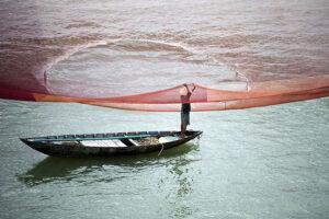 hoi an fishing net lifestyle photograph vietnam rehahn