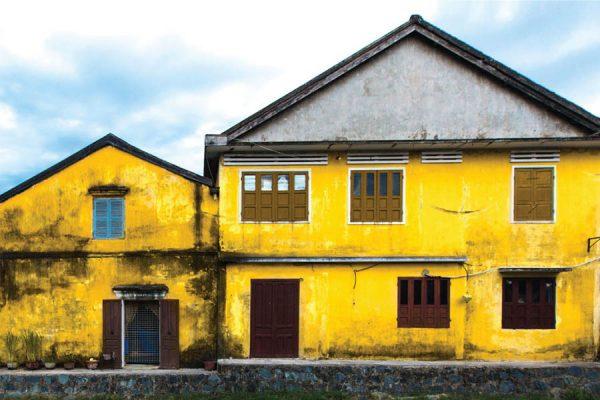 yellow city hoi an photograph vietnam lifestyle rehahn